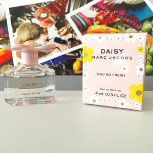 Marc Jacobs - Daisy Eau So Fresh 4ml with box